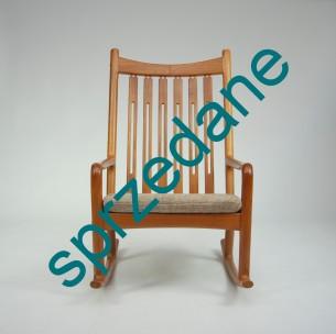 Mebel wyjątkowy w formie i użytkowaniu. Kwintesencja duńskiego modernizmu. Siedzisko na sprężynach daje wiele komfortu. Bardzo rzadka pozycja. Produkt duński lat 60-70.