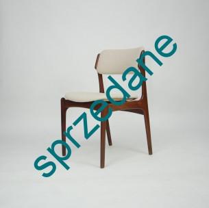 Dwa krzesła z masywu palisandru. Model #49 projektu ERICKA BUCKA dla O.D. Møbler. Produkt duński lat 50/60