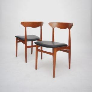 Dwa krzesła tekowe o misternym wykonaniu. Kunszt duńskiego rzemiosła. Produkt lat 50-tych.