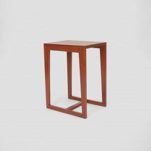 Dowolna interpretacja użycia (stolik nocny, kwietnik ...) Produkt duński lat 60-tych
