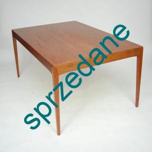 Stół z wytwórni HORNSLET. Piękna forma. Duński minimalizm. Produkt lat 70-tych.
