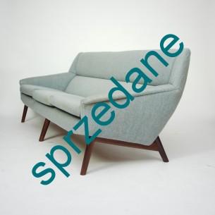 Sofa o wyjątkowych walorach wizualnych. Mebel ergonomiczny i niezwykle wygodny. Kanapa stanowi bardzo dobrą bazę na piękny wypoczynek. Produkt duński lat 60-tych.