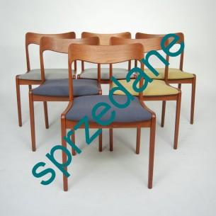 Set sześciu tekowych krzeseł. Efektowna modernistyczna forma. Oparcie z litej deski tekowej. produkt duński lat 60-tych.