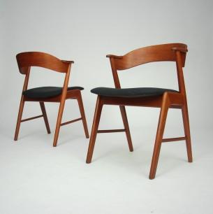 Set czterech wyjątkowych krzeseł . Projekt KAI KRISTIANSEN. Komfort i harmonia. Drewno tekowe olejowane. Produkt duński lat 60-tych.