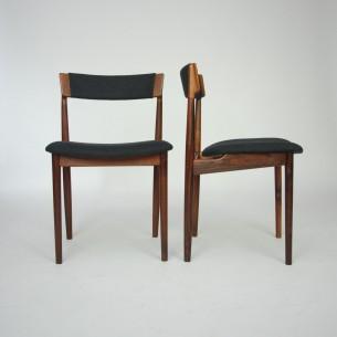 Ekskluzywny set palisandrowych krzeseł. Piękną minimalistyczna forma. Organiczne łączenia. Szlachetny, olejowany lity palisander. Produkt duński lat 60-tych.