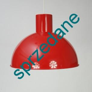Industrialna, metalowa lampa. Imponujący rozmiar. Wytwórnia Fog & Morup. Dania.