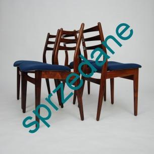 Set czterech palisandrowych krzeseł. Szlachetne, olejowane drewno. Elegancka, subtelna forma. Wygodne, obszerne siedzisko. Produkt duński lat 60-tych.
