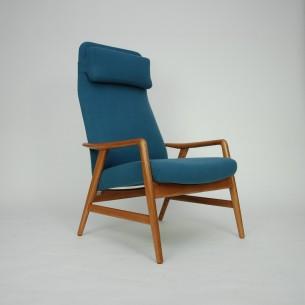 Projekt ALF SVENSSON. Manufaktura FRITZ HANSEN. Modernistyczna, ergonomiczna forma lat 60-tych. Siedzisko i plecy na sprężynach. Regulacja przechyłu, dwie pozycje. Drewno jesionowe olejowane. Poszycie z włoskiej wełny meblowej. Projekt z 1957 roku