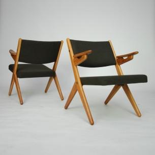 Modernistyczna forma lat 60-tych. Drewno dębowe olejowane. Projekt Arne Hovmand-Olsen dla Randers Møbelfabrik. Produkt duński.