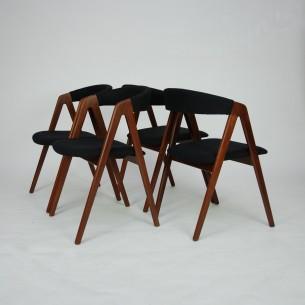 Set tekowych krzeseł. Piękna modernistyczna forma lat 60. Lity tek. Drewno olejowane. Oryginalny produkt duński.