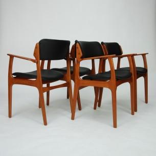 Set czterech krzeseł. Model #49 projektu ERICKA BUCKA dla O.D. Møbler. Lity tek, olejowany. Produkt duński lat 60/70.