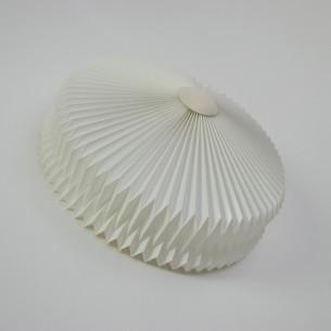 Kinkiet z kultowej, duńskiej wytwórni LE KLINT. Możliwość wykorzystania jako plafon. Rzadkość na rynku wtórnym. Produkt oryginalny.
