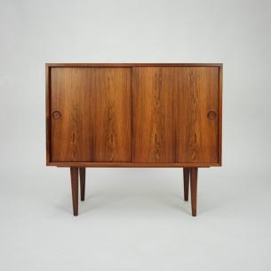 Piękne, subtelna komódka w palisandrze. Minimalistyczna forma lat 60-tych. Projekt Kai Kristiansen.