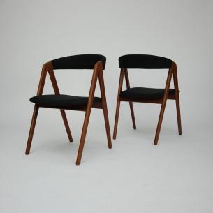 Para tekowych krzeseł. Piękna modernistyczna forma lat 60. Lity tek. Drewno olejowane. Oryginalny produkt duński.
