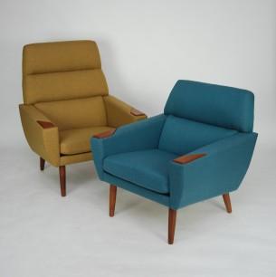 Modernistyczne fotel. Konstrukcja drewniana. Nogi z litego teku. Duński produkt lat 60.