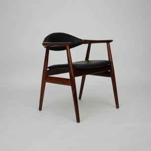 Wytworne krzesło gabinetowe. Gładkie przejścia i minimalizm. Stabilna konstrukcja. Skóra naturalna (wysokogatunkowa, półanilinowa). Drewno olejowane. Egzemplarz z ekskluzywnego palisandru, unikat. Duński produkt lat 60-tych.