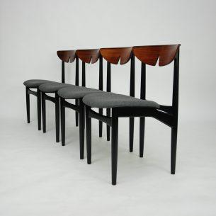 Wytworne krzesła w palisandrze. Projekt Kurt Ostervig. Piękna wyrafinowana forma lat 60. Połączenie elegancji i nowoczesności. Oparcie z egzotycznej, fornirowanej naturalnym palisandrem profilowanej sklejki wykończone u góry masywem palisandru. Nogi z buku lakierowane czarnym półmatem (kolorystyka oryginalna). Ponadczasowy projekt. Oryginalny produkt duński. Pozycja unikatowa.