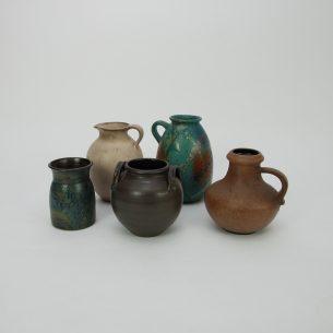 Piękny komplet pięciu wazonów. W zestawie między innymi Steuler oraz Scheurich.