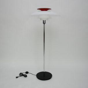 Wybitna lampa z wytwórni Lois Poulsen. Projek Poula Henningsen'a zrealizowany na 80 urodziny autora. Rzadkość na rynku wtórnym.
