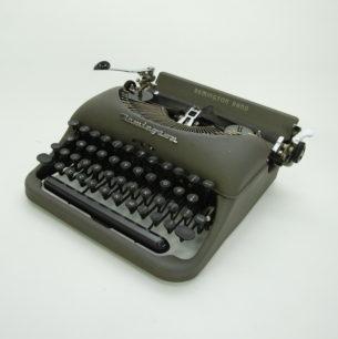 Angielska maszyna do pisania z walizką. Remington Rand, model 5.